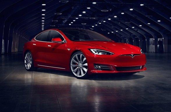 Tesla Model S 2017: офіційна презентація нового електрокара