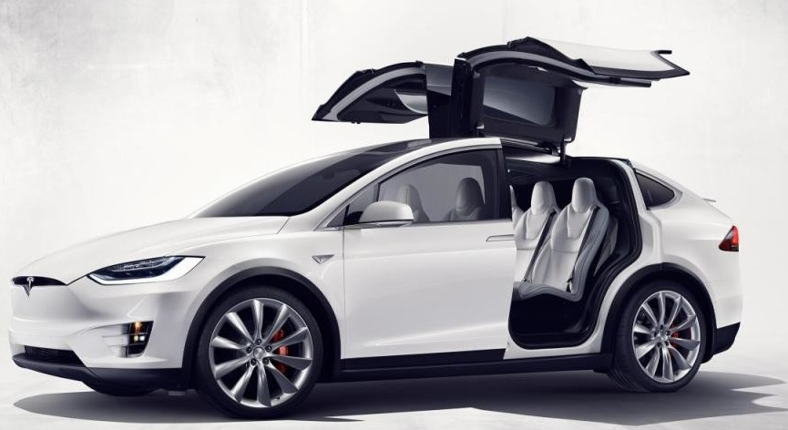 Tesla Model X - найшвидший кросовер у світі
