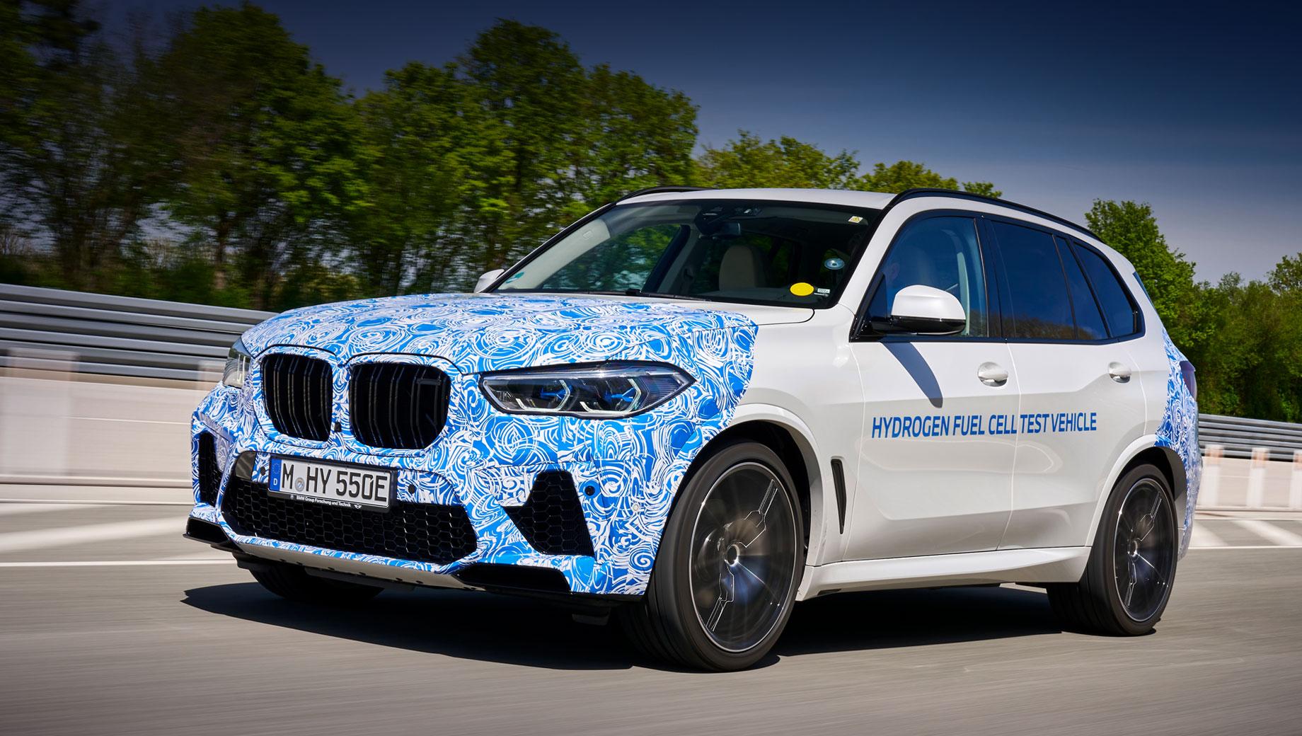 Воднемобіль BMW X5 i Hydrogen Next виїхав на дороги (ВІДЕО)