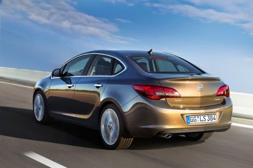 Новий Opel Astra показали офіційно