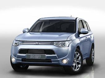 Mitsubishi розповів про гібридний Outlander