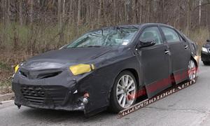 Шпигунам вдалося сфотографувати новий седан Toyota