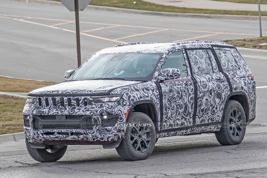 Jeep Grand Cherokee 2021 сфотографували під час тестів