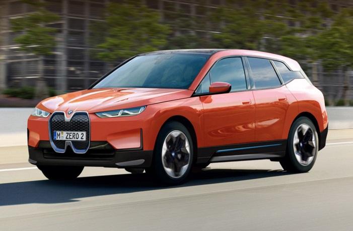 Версії кросовера BMW iX будуть відрізнятися за потужностями і батареями