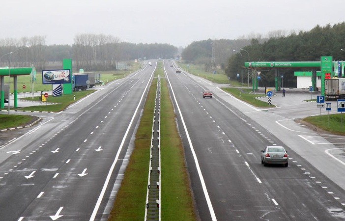 Українських водіїв чекає звуження доріг