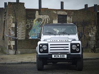 Land Rover Defender зніметься у фільмі про Джеймса Бонда