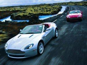 На автофорумі в Женеві компанія Aston Martin презентує відкриту версію купе V12 Vantage