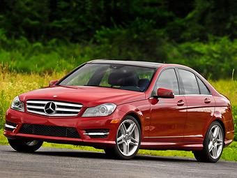У січні лідером преміум-сегмента в США став Mercedes-Benz