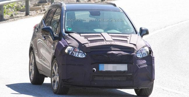Opel Mokka 2016: нові фото кросовера