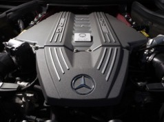 Aston Martin зможе використовувати двигуни AMG