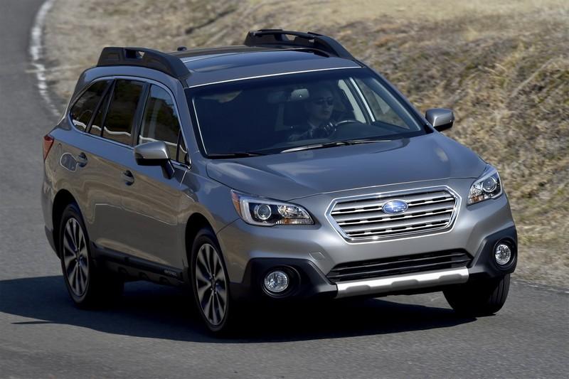 Subaru Outback 2015 - фото і технічні дані