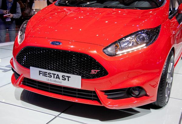 Ford розсекретив серійну Fiesta ST