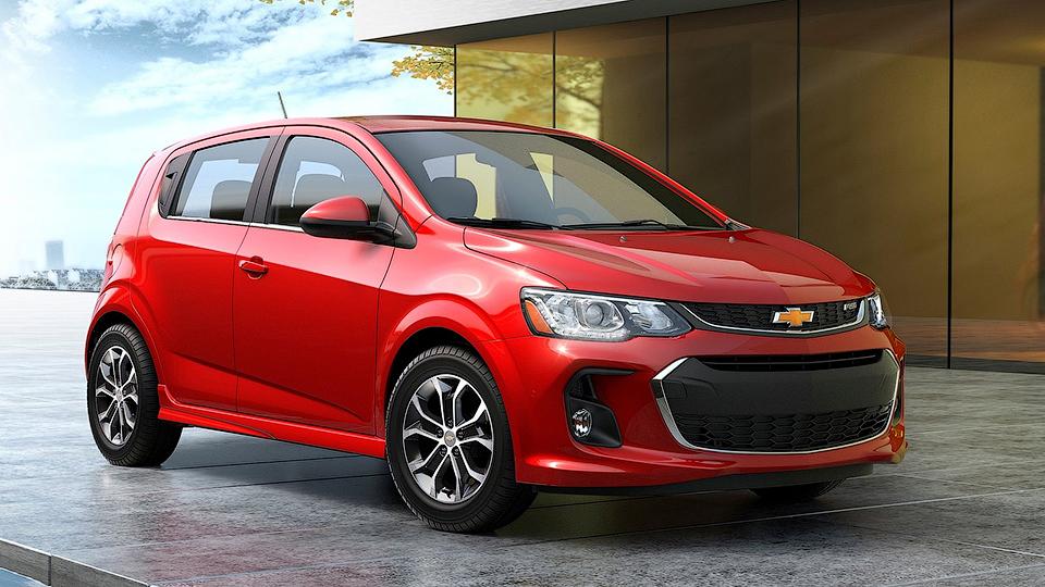 Нова Chevrolet Aveo: фото та технічні дані