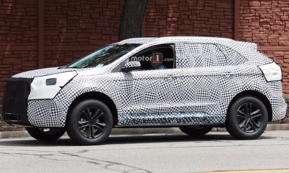 Ford Edge 2019: новий кросовер виходить на дороги