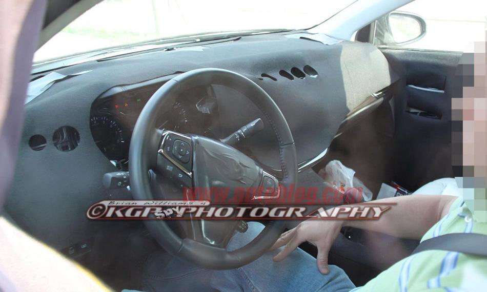 7855_sedan-toyota-1.jpg (145.08 Kb)