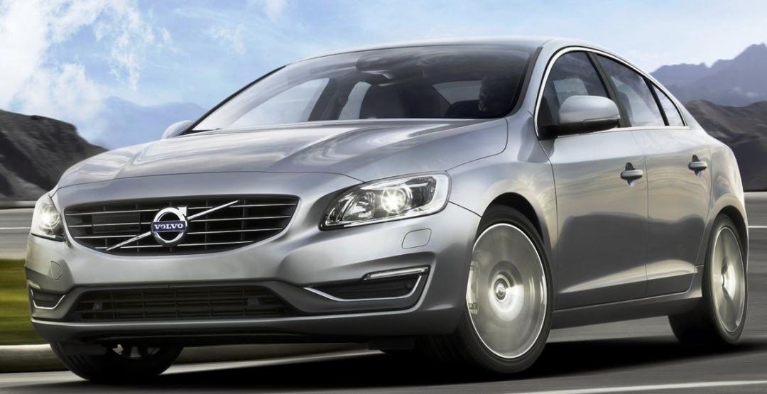 Volvo S90 - новий преміальний седан