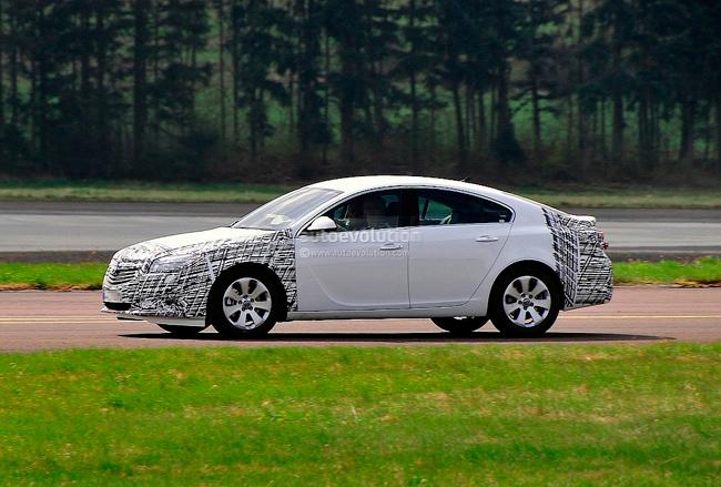 Нове покоління Opel Insignia вже на підході