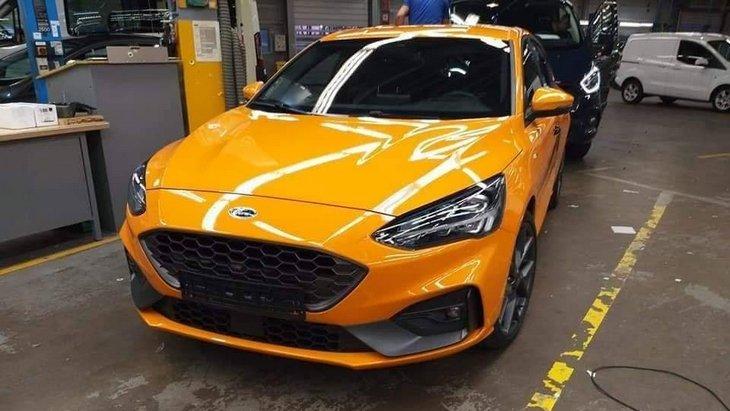 Перші зображення Ford Focus ST 2019