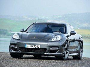 «Молодший брат» Porsche Panamera надійде на ринок в 2016 році