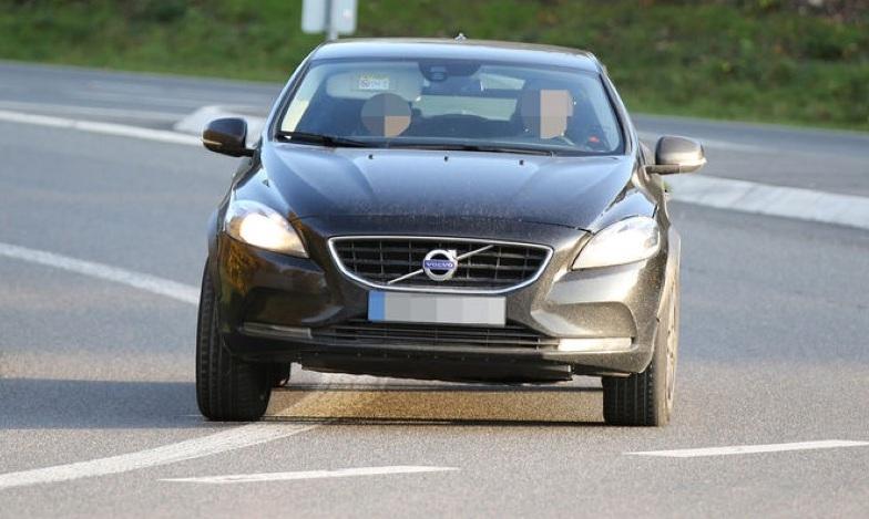 Volvo тестує компактний кросовер