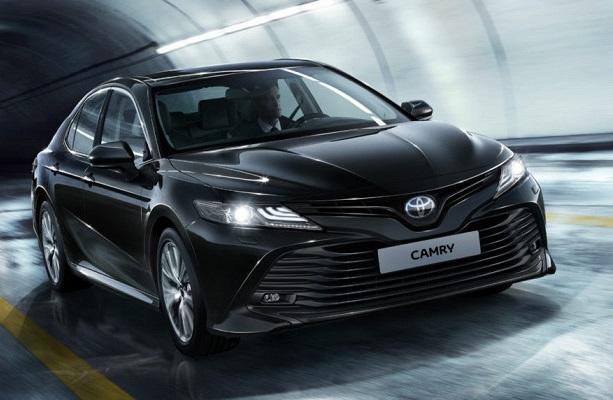 Toyota Camry: яке майбутнє у бізнес-седана?