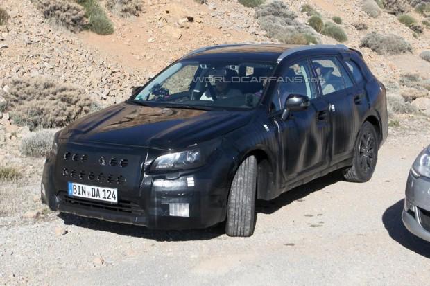 Subaru Legacy 2015: седан та універсал