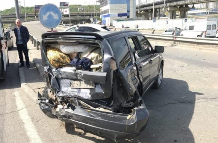 ДТП у Києві: Південний міст паралізований для проїзду