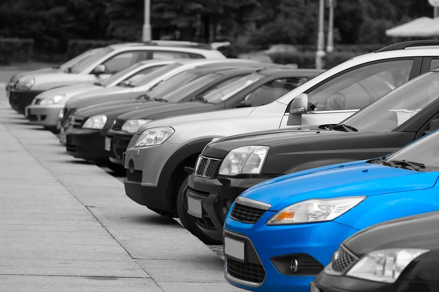 Автомобілі ввезені як «гуманітарка» зівільнять від оподаткування