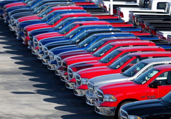 Безмитний імпорт автомобілів в Україну: інформація від ДФС