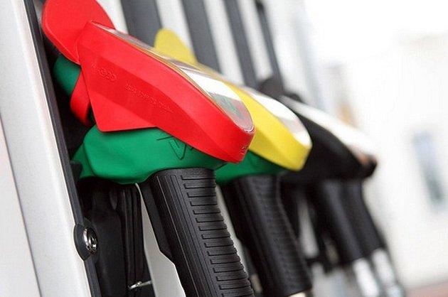 Україні загрожує дефіцит автомобільного бензину
