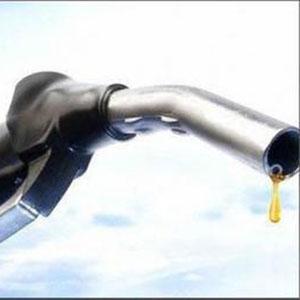 Бензин дорожчатиме надалі