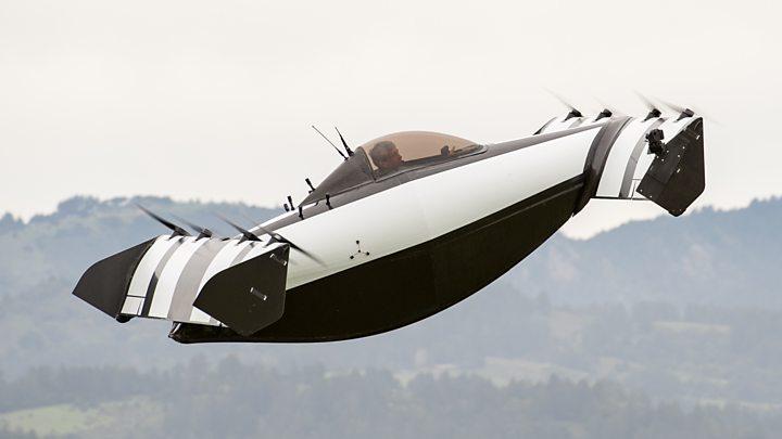 Літаючий електромобіль отримав ціну як у позашляховика