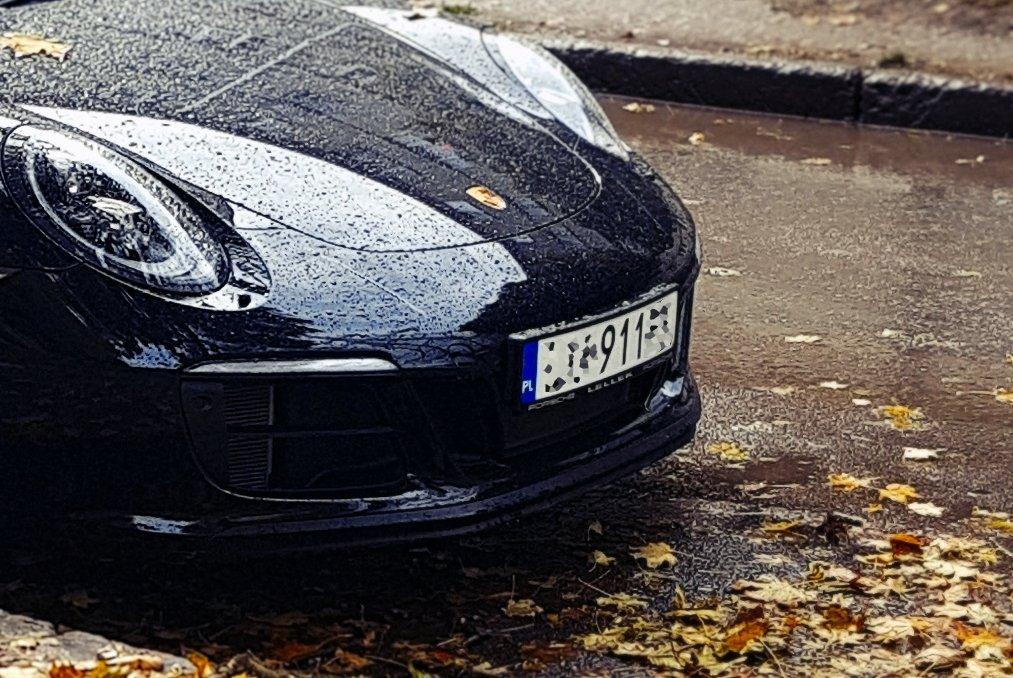 Для автомобілів на іноземній реєстрації вводяться нові правила