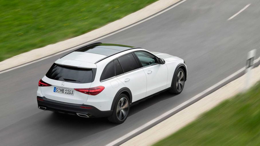 Mercedes-Benz відмовляється від універсалів та седанів