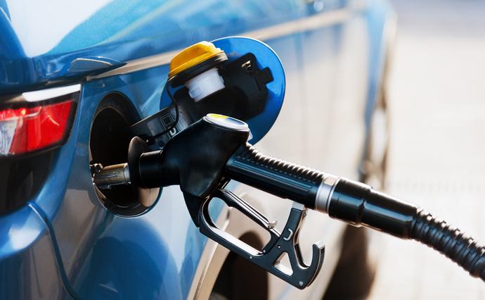 Дизель та бензин: ціни пішли вниз
