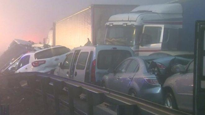 Масове ДТП: зіткнулося 50 автомобілів
