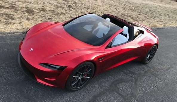 Новий електромобіль від Tesla переможе бензинові автомобілі