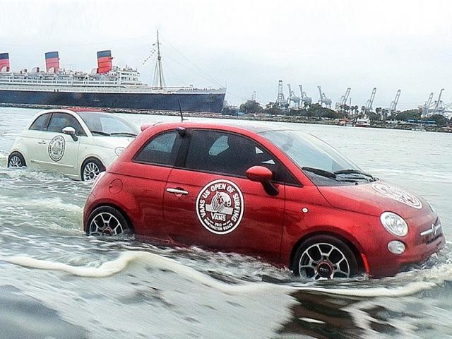 Fiat показав водоплавні 500-ті