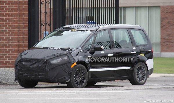 Ford тестує новий Galaxy