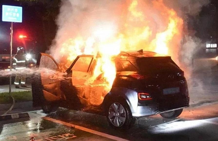 Hyundai відкликає електромобілі через загрозу пожежі