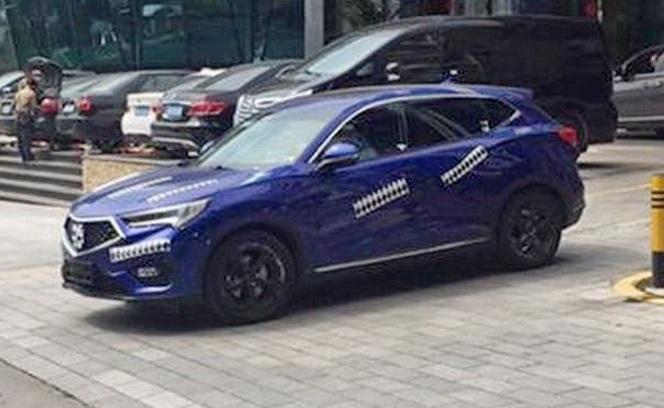 Новий кровсовер Acura: перші фото