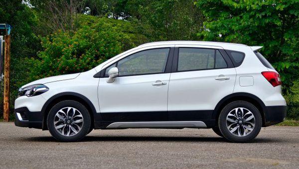 Suzuki S-Cross 2018 вийшов на автомобільний ринок