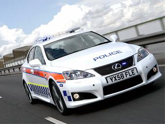 Британські поліцейські пересіли з Subaru на