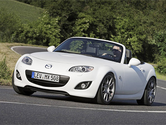 Mazda представила 240-сильну версію родстера MX-5