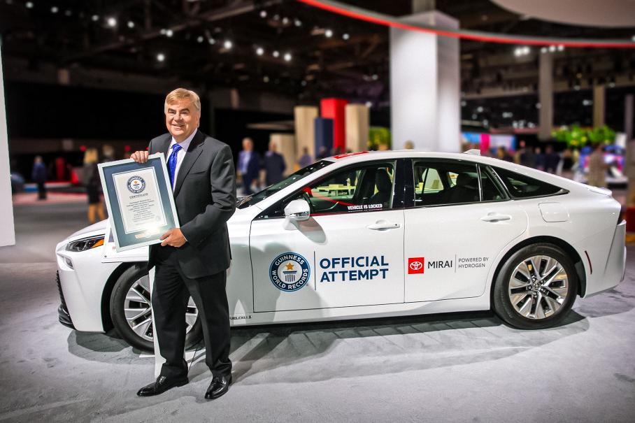 Водородний Toyota Mirai встановив новий рекорд за подальшими ходами