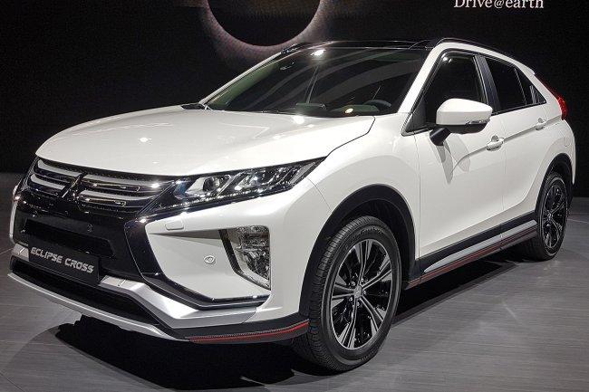 Компанія Mitsubishi показала новий кросовер