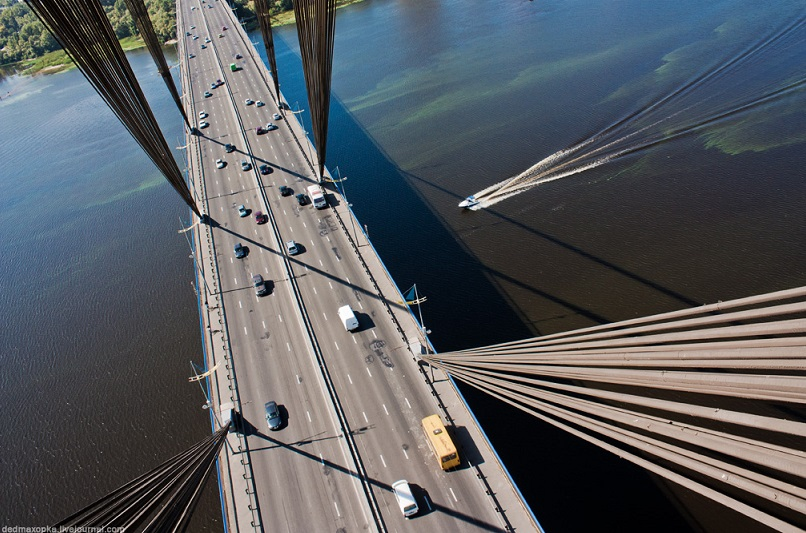 У Києві попередили про часткове закриття мосту Патона
