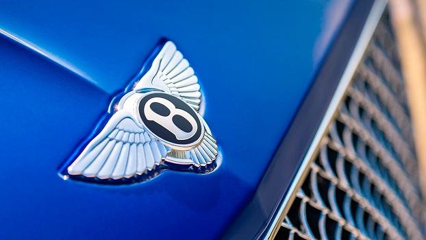 На базі Porsche побудують новий електрокар