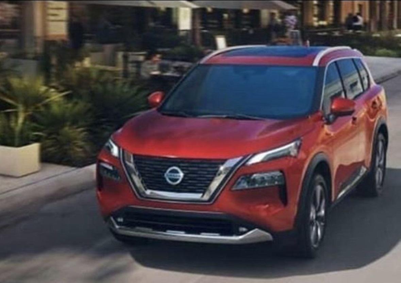 Перші зображення Nissan X-Trail 2021 попали у світову мережу