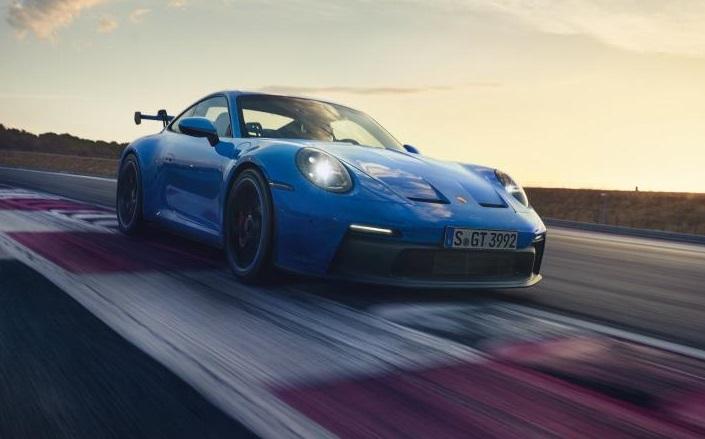 Porsche 911 отримав новий двигун та зміну дизайну
